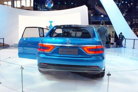 Daimler-BYD Denza (2012)