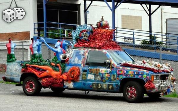 Фотографии необычных автомобилей на дорогах