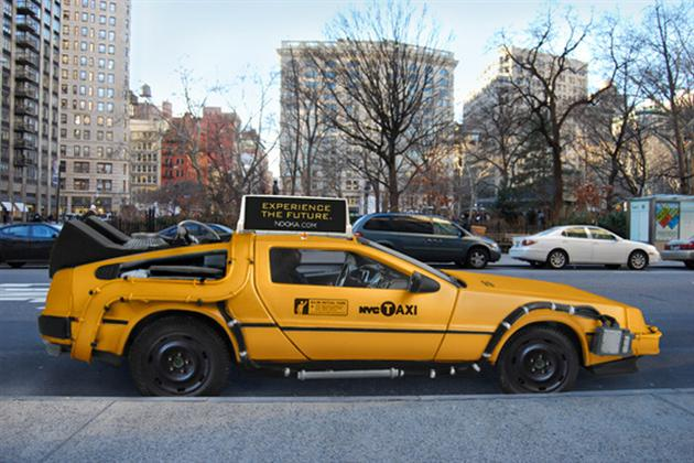 В Нью-Йорке создали автомобиль такси на базе DeLorean DMC-12 фото
