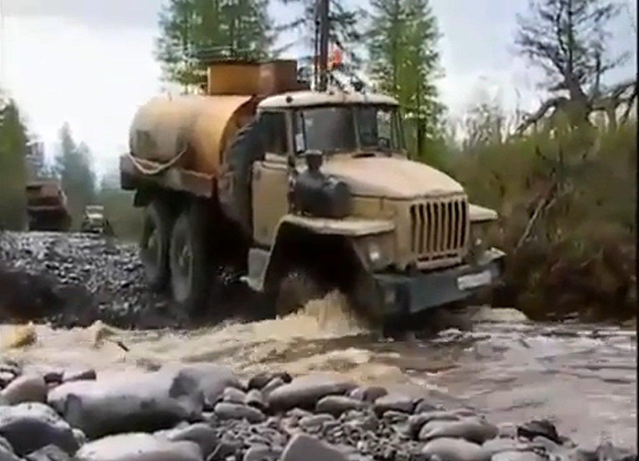 русские солдаты ебут шлюх