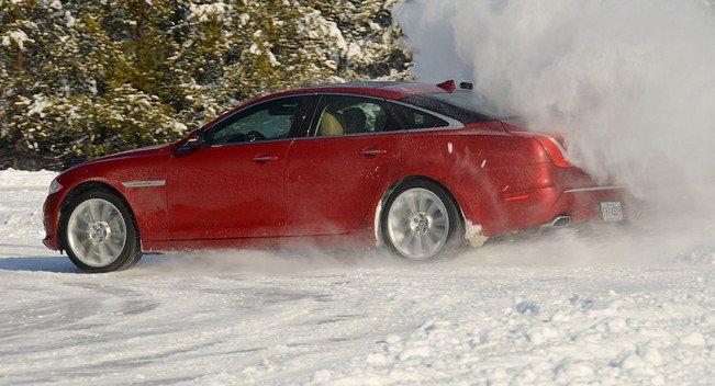 10 лучших автомобилей для зимнего вождения