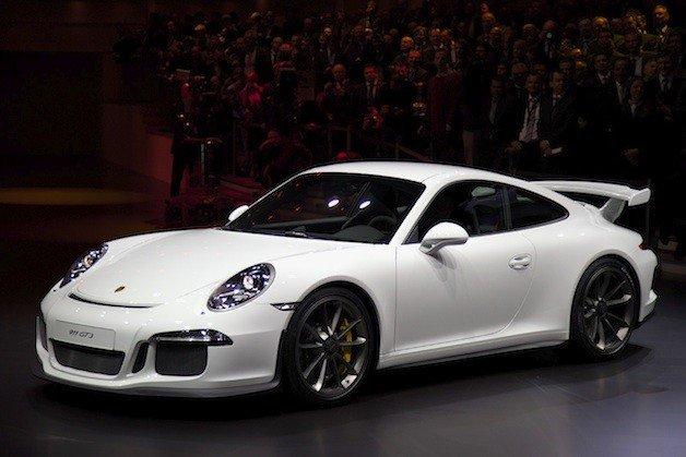 Porsche 911 GT3 поражает журналистов в Женеве