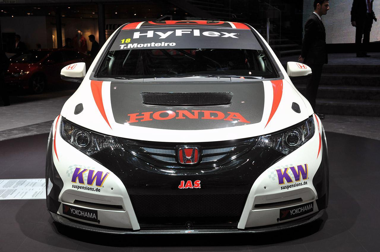 Honda Civic WTCC 2013 фото