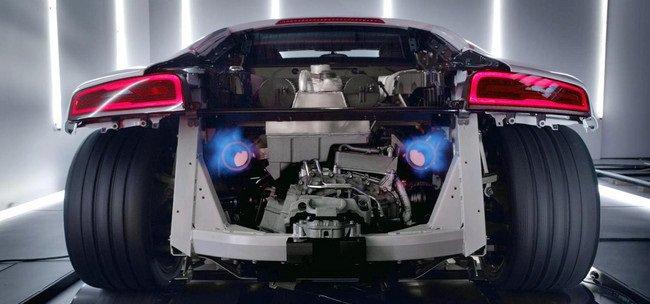 Audi показала новое видео Audi R8 V10 Plus