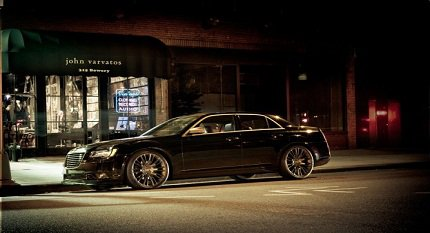 Новый Chrysler 300C John Varvatos Limited Edition фото