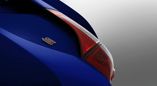 2014 Toyota Corolla интрига сохраянется