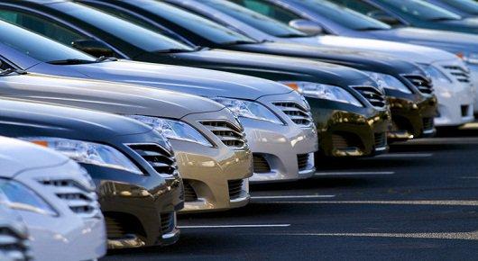 Продажи новых автомобилей в июле упали на 8 процентов