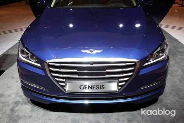 Hyundai genesis 2014 2015 первые официальные