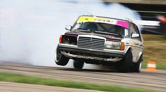 Десять самых быстрых автомобилей в кузове универсал
