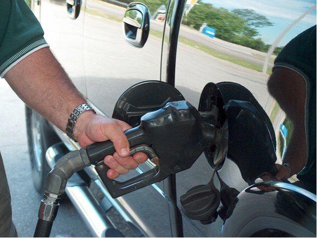 загорелась лампочка бензина сколько можно проехать на киа