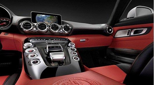 Mercedes-Benz тестирует AMG GT 2016 года