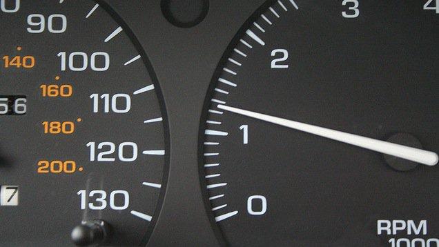 Если Ваш автомобиль работает на холостом ходу более 10 секунд, то заглушите двигатель