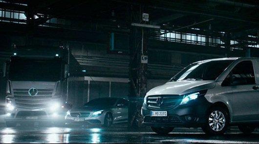 Оригинальная реклама новых автомобилей Mercedes-Benz