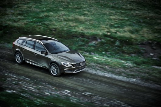 Volvo V60 Cross Country, дебют на LA Auto Show