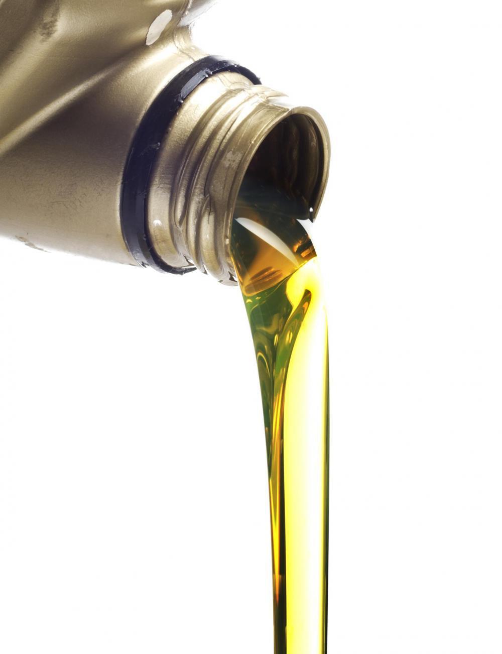 Нужно ли менять масло каждые 5000-8000 км?