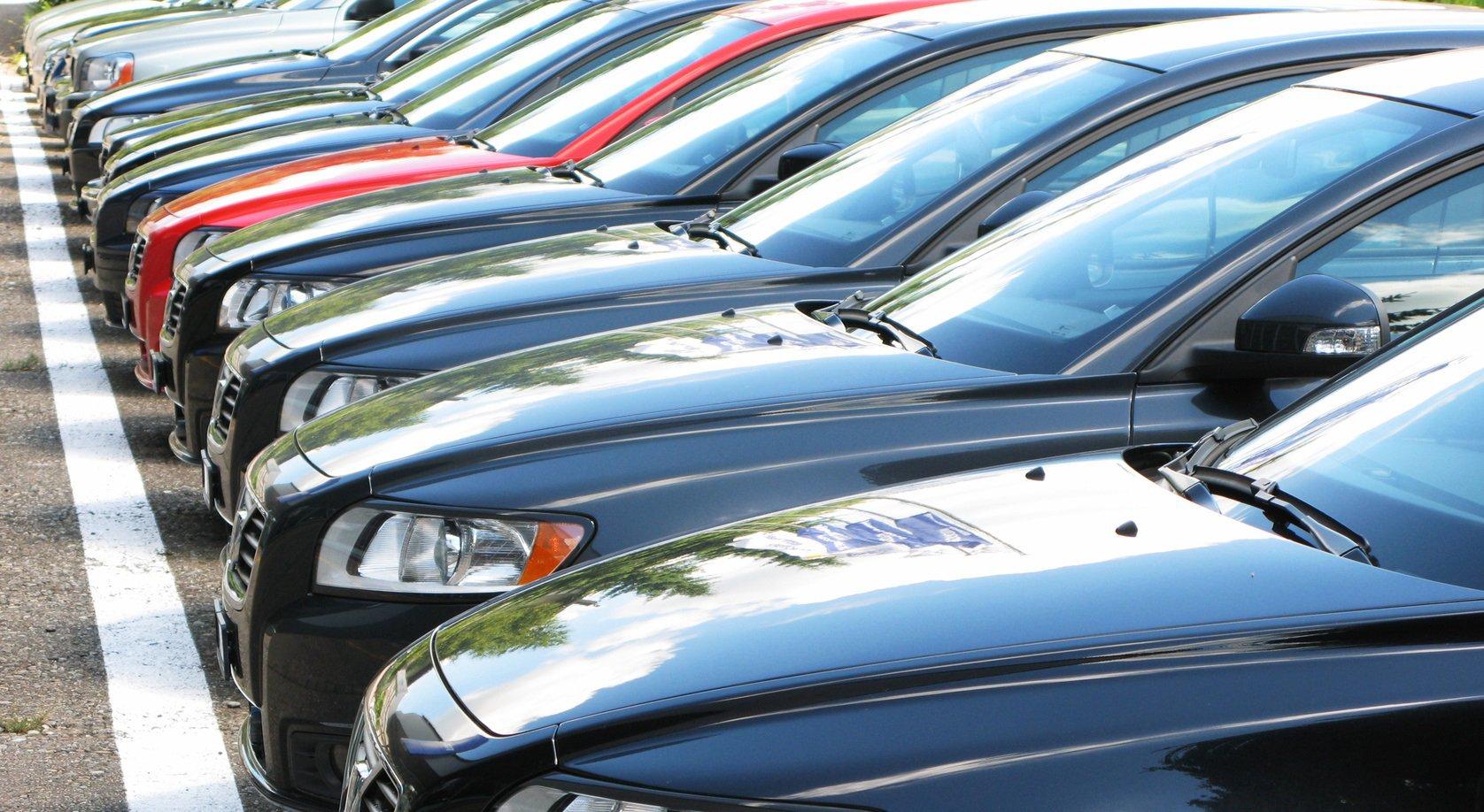 Рынок автомобилей России, импорт может упасть вдвое в 2015 году