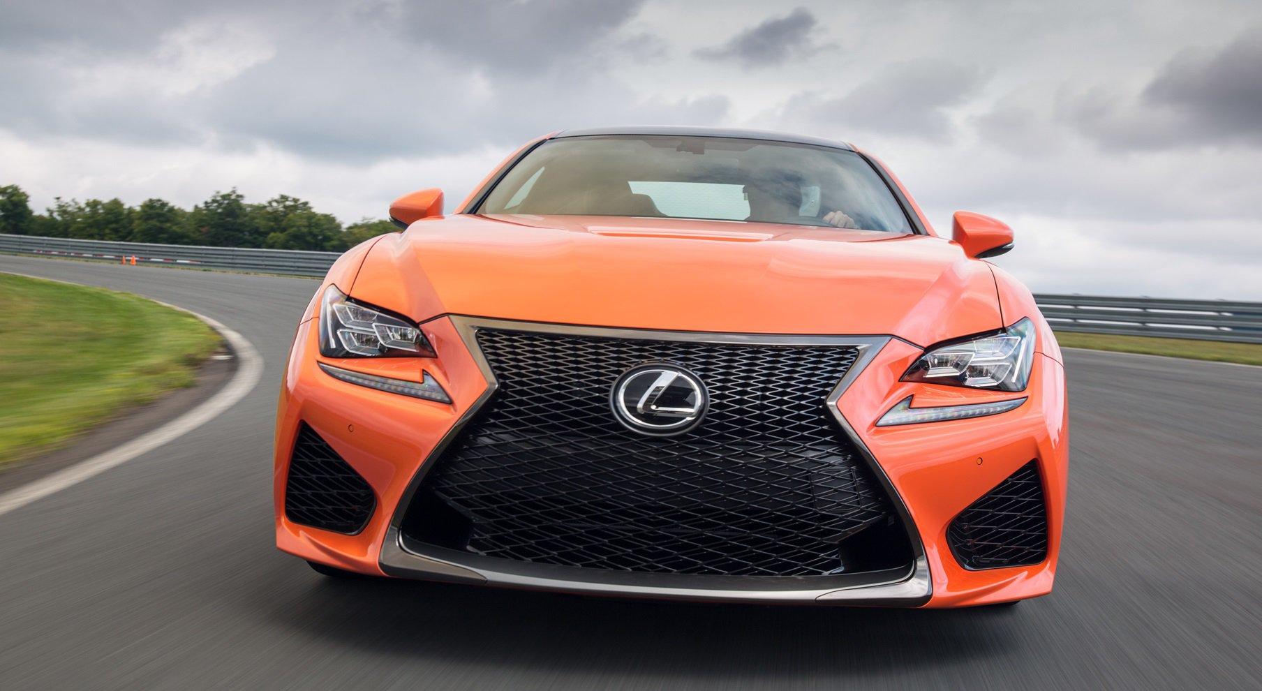 15 автомобилей с самыми красивыми фарами в 2014 году