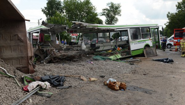10 способов исправить ситуацию на дорогах России