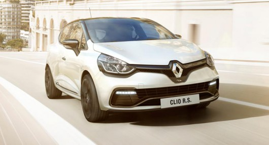 Renault Clio RS �� ���������� � ������ 2015 ����
