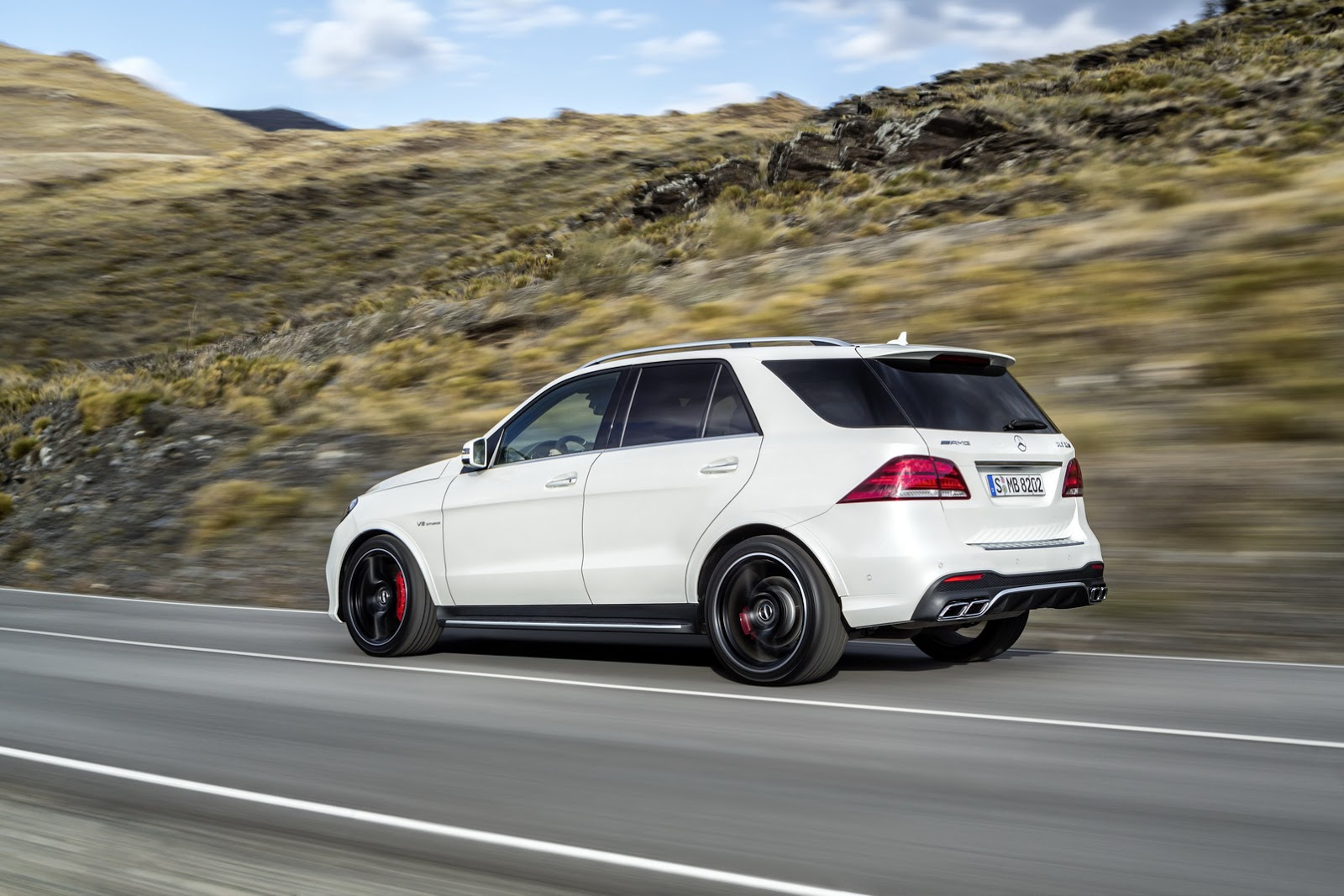 Mercedes benz 2016 gle 300d specs price release date for Mercedes benz gle 300d review