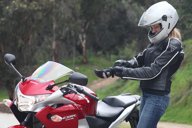 Простой учебник, который поможет ездить на мотоцикле