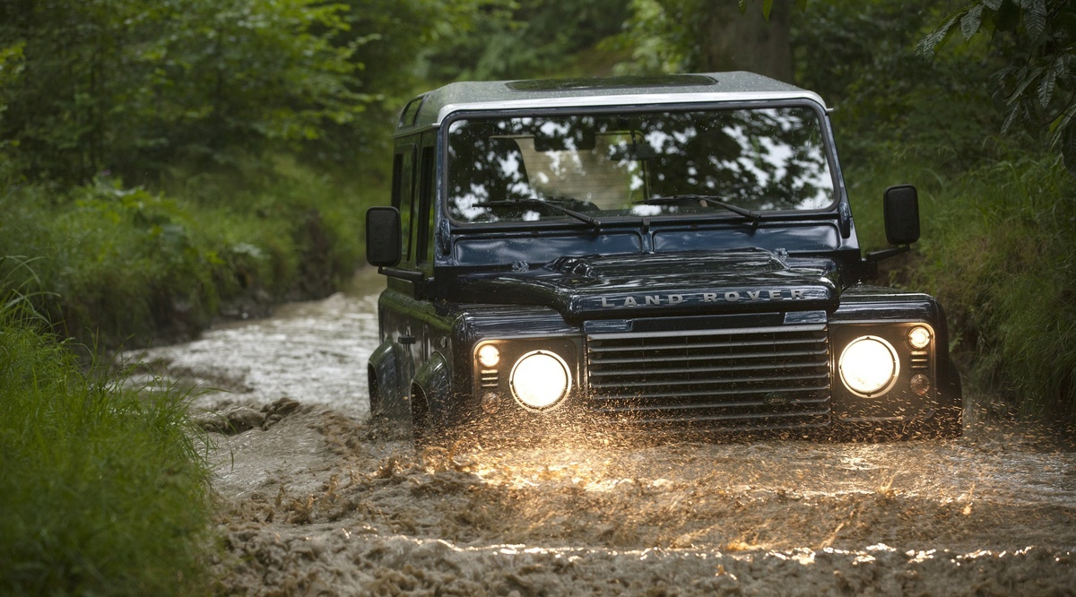 Land Rover ������ ����������� ������������ Defender � 2016 ���� ����