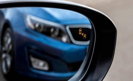 Семь самых раздражающих современных технологий в автомобиле