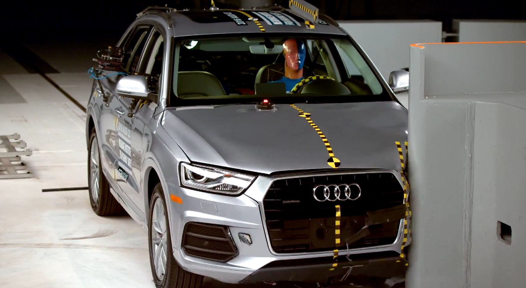 2016 Audi Q3 получил Top Safety Pick Rating в тесте IIHS [Видео] фото