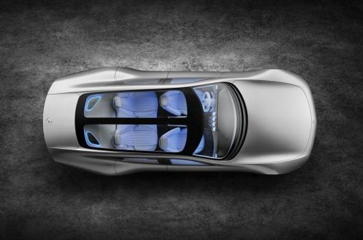 Mercedes-Benz Concept IAA: Машина трансформер