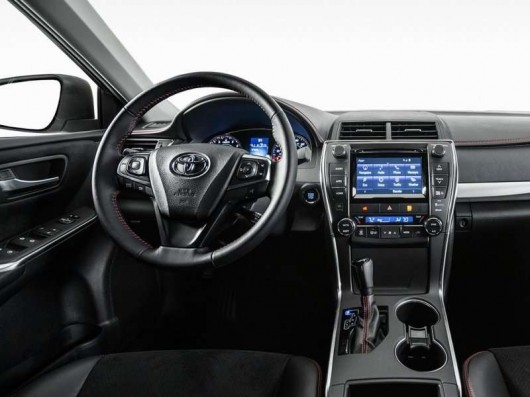2018 Toyota Camry: Новое поколение