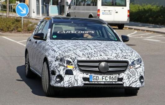 Как будет выглядеть в 2017 Mercedes-Benz E-Class. Плюс фотографии новинки в кузове универсал