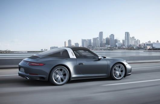 Porsche выкатил Turbo 911 Carrera 4/S и Targa 4/S, фейслифтинговые варианты