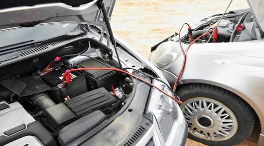 Как следить за аккумуляторной батареей зимой?