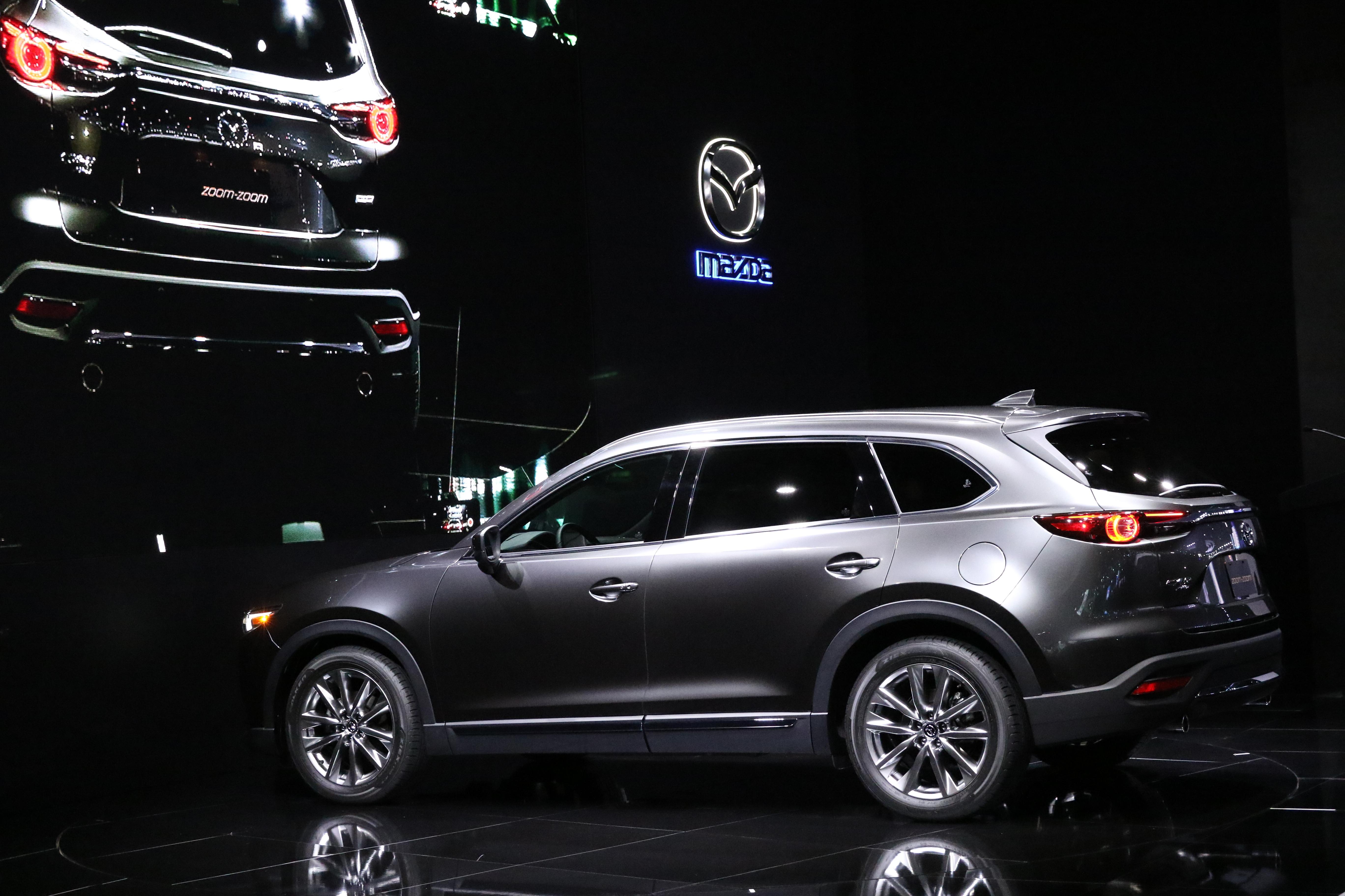 Mazda CX-9 будет стоить в России от 1,9 млн рублей