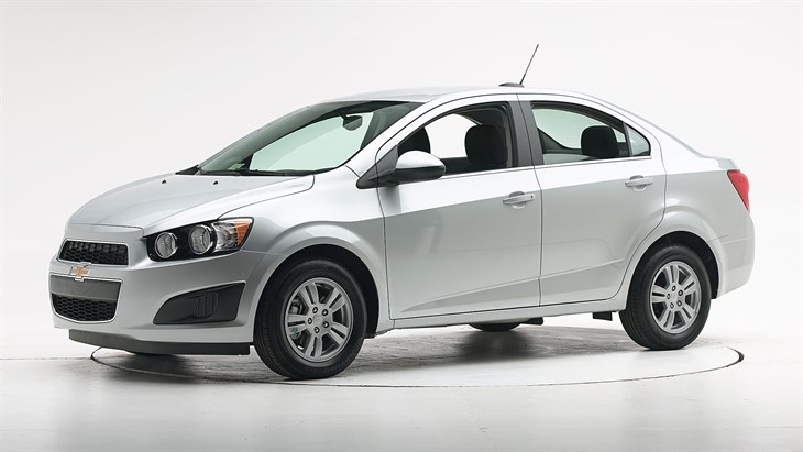 2016 chevrolet sonic. Black Bedroom Furniture Sets. Home Design Ideas