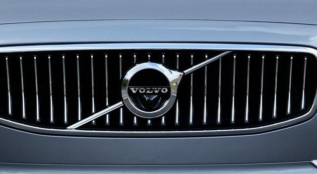 Новая модель Volvo S60