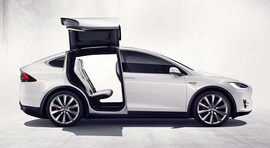 Владелец Tesla перепродает Model X и просит за нее больше чем она стоила новой