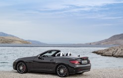 Новая фотогалерея обновленного Mercedes SLC