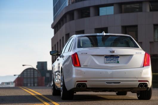 2016 Cadillac CT6: Американский люкс снова в моде