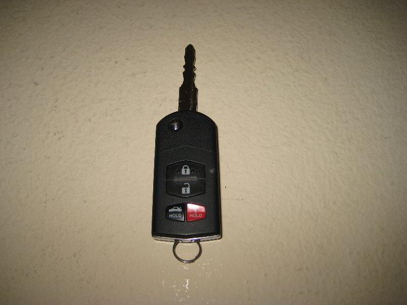 батарейка для ключа мазда сх 5