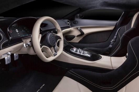 Хорватский электрокар обещает потеснить Tesla и стать самым быстрым в мире