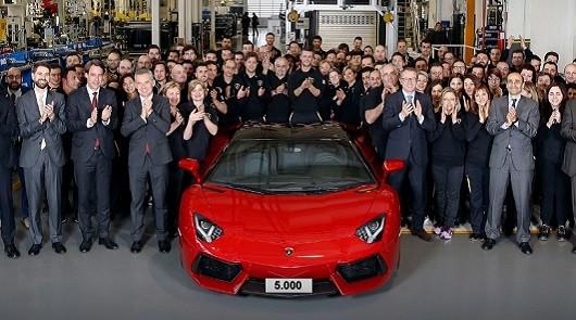 Lamborghini отпраздновал выпуск 5000-го Aventador