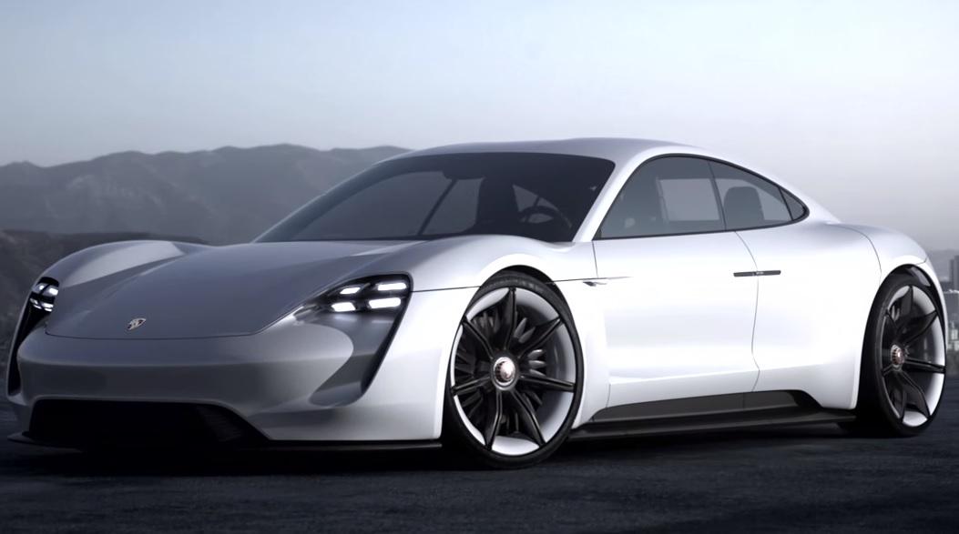 Видео рассказывающее о том, как была создана модель Porsche Mission E