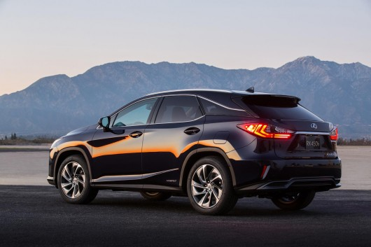 Lexus NX: Что нужно знать перед покупкой