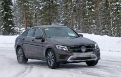 2017 Mercedes-Benz GLC Coupe показали практически без маскировки