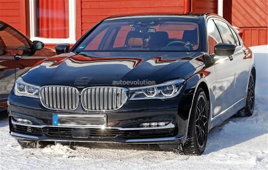 Опубликованы шпионские фото прототипа 2018 BMW M7
