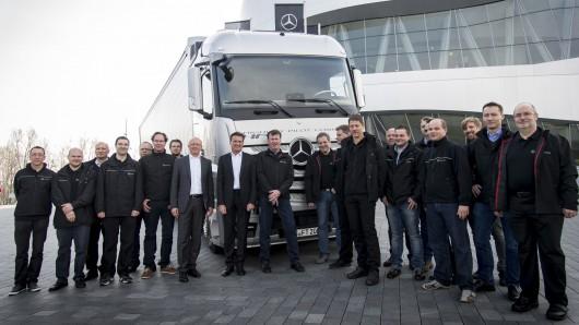 Беспилотные грузовики Mercedes самостоятельно проехали свыше 600 км