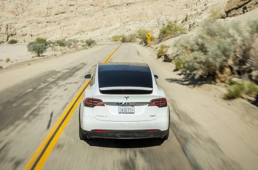 Первый обзор: 2016 Tesla Model X P90D Ludicrous