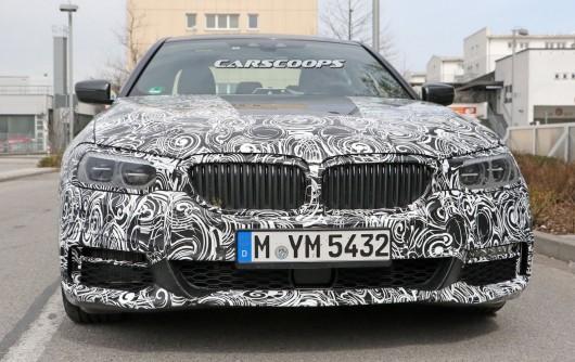 Новый седан BMW 5 Series G30 в M Sport обвесе