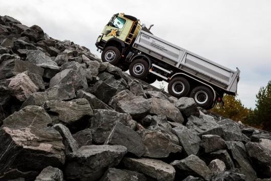 Новая коробка передач Volvo способная сдвинуть с места 750 тонн груза